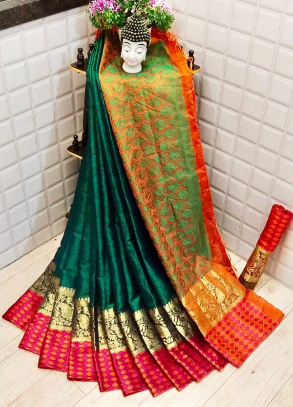 Bewildering Green Colored Silk Saree With Blouse