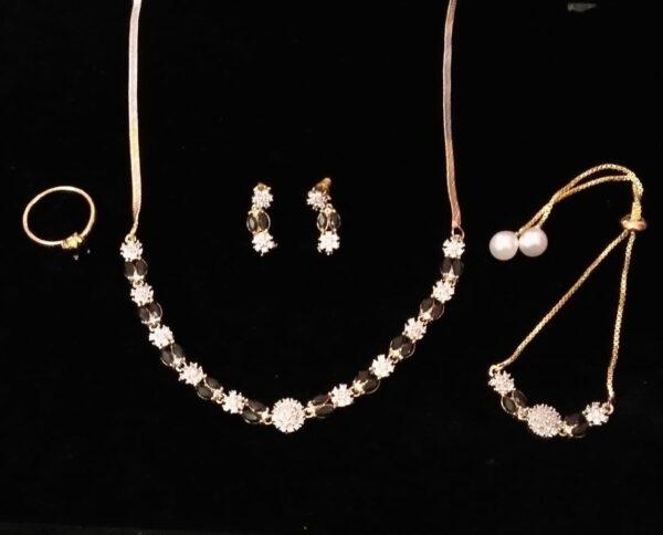 Beauteous Black Diamond Colored Jewellery Set