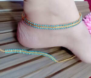 Incredible Blue Stone Diamond Colored Gold Plated Anklet