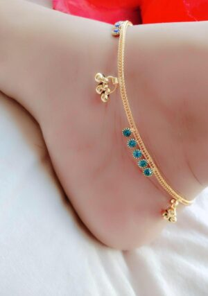 Fab Blue Diamond Stone Gold Plated Alloy Anklet