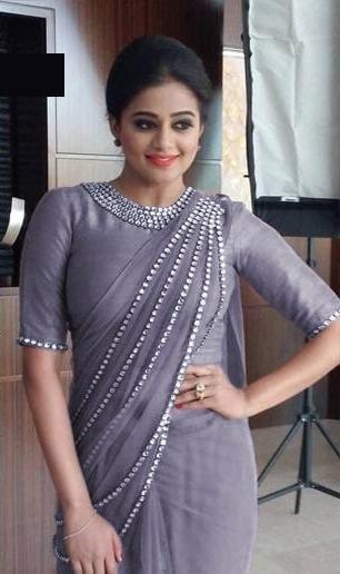Staggering Grey Net Jewellery Look Pallu Hand Work Lace Border designer fancy saree online