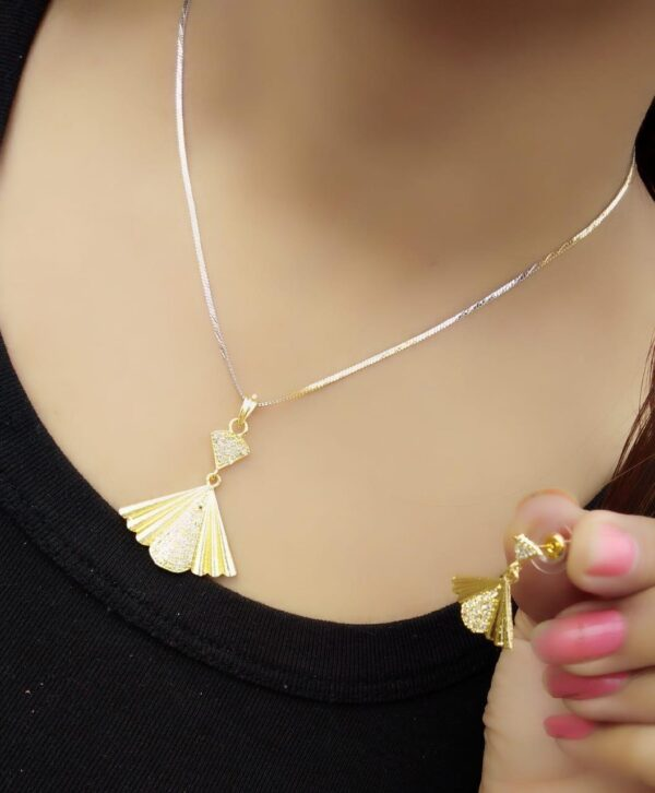 Bootylicious Gold Plated White Diamond Necklace Design Set