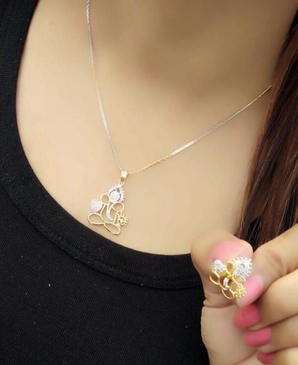 Beauteous White Diamond Gold Plated Imitation Necklace Design Set