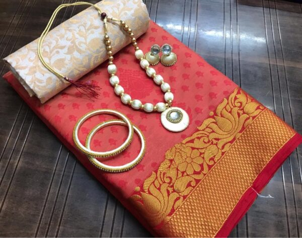 Gorgeous Maroon Silk Tusser Saree With Necklace Earings Bangles Set