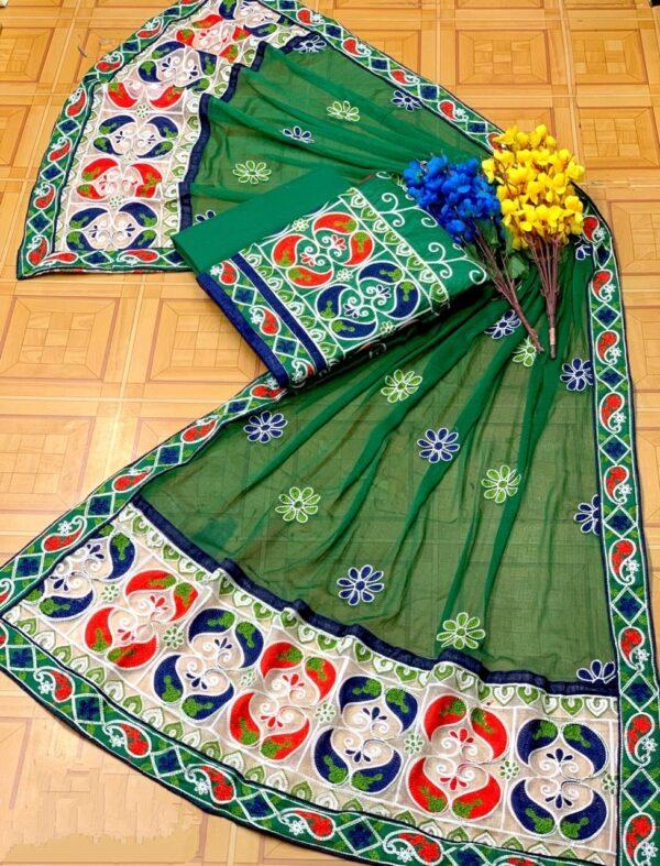 Fabulous Green Cotton With Aari Work Daman Lace Salwar Suit