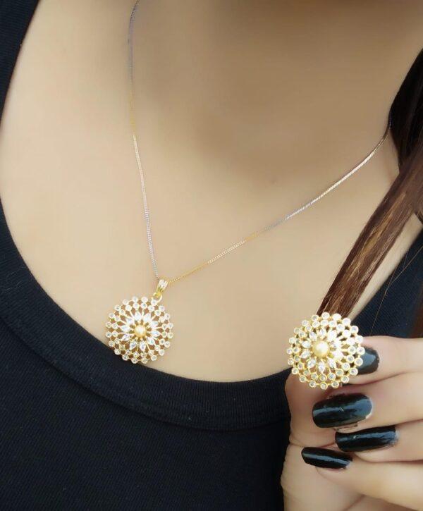 Captivating White Motti & Diamond Artificial Jewellery Set Online
