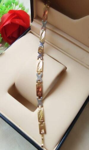 Splendid Golden & Silver Imitation Bracelet