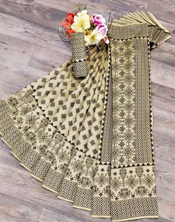 Bewitching Cream & Black Banarasi Jacquard Weaving Saree