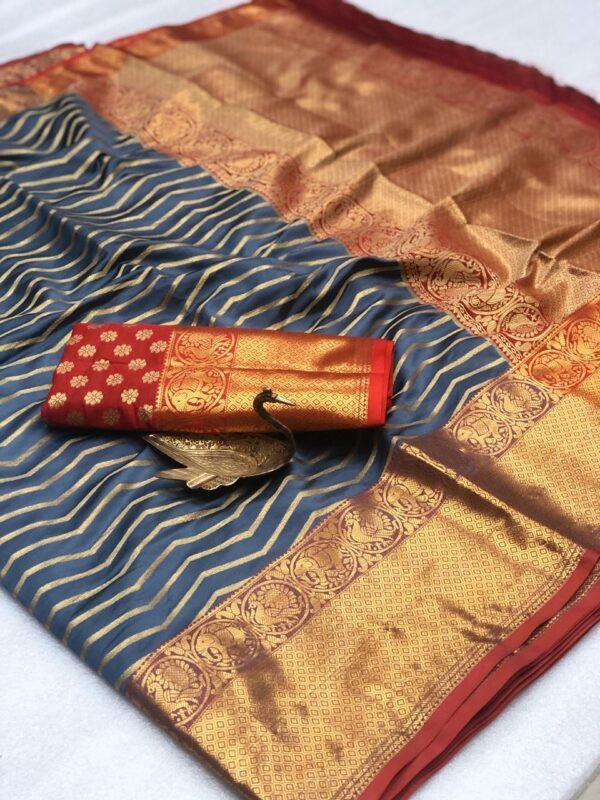 Exquisite Grey Banarasi Silk Zari Weaving Saree