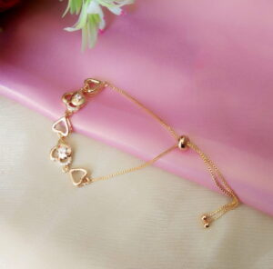Astonishing White Diamond Golden Imitation Bracelet