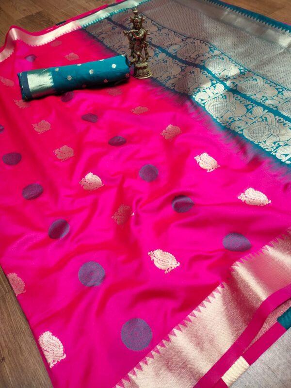 Ravishing Magenta Color Designer Zari Weaving Work Border Fancy Banarasi Silk Saree Blouse