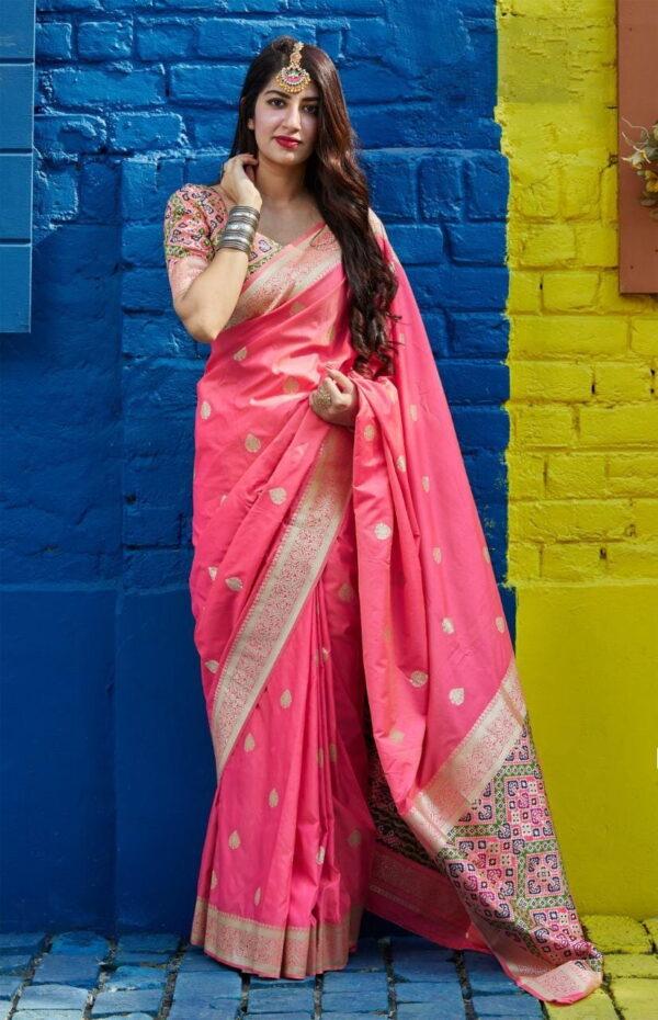Bootylicious Light Pink Color Patola Banarasi Silk Weaving Rich Pallu Saree Blouse
