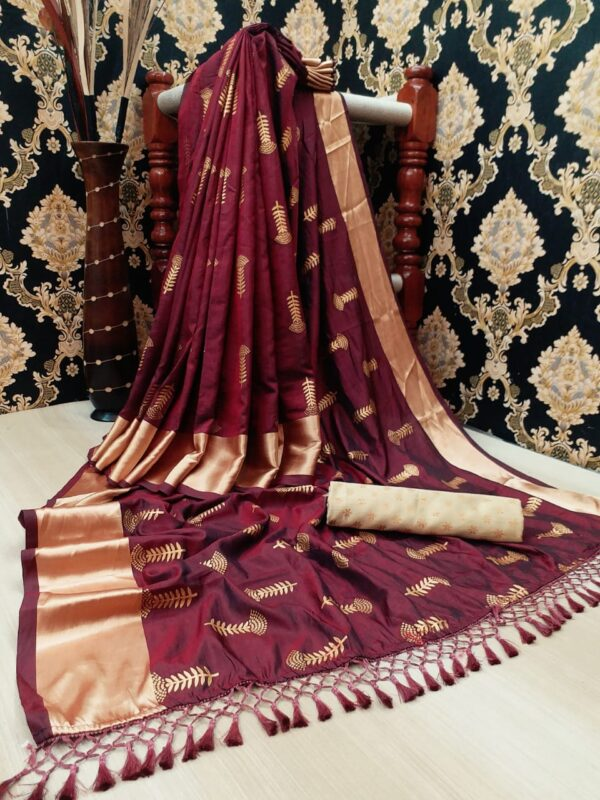 Incredible Wine Color Wear Soft Two Tone Silk Designer Golden Jalar Foil Work Saree Blouse