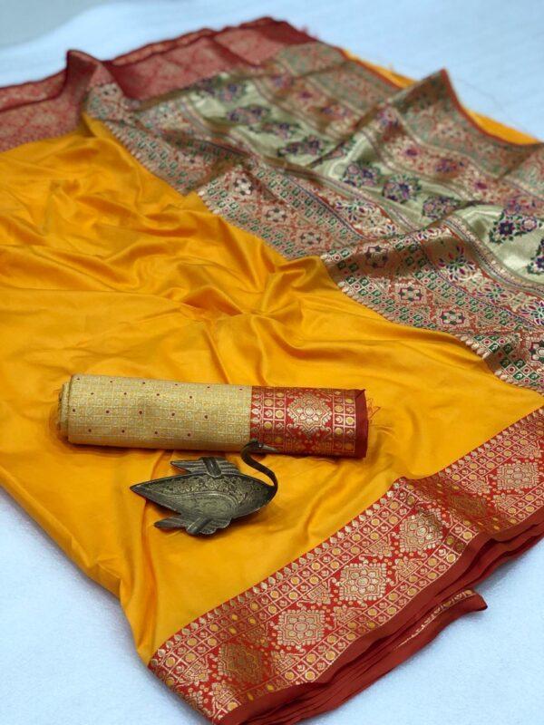 Radiant Mustard Color Wear Soft Silk Two Tone Weaving Rich Pallu Saree Blouse